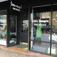 window lettering | Ellie May Resale
